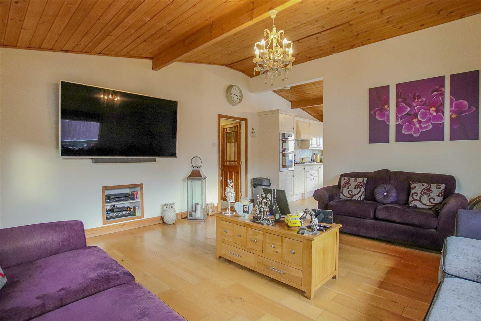 9 Bedroom Barn Conversion For Sale - Image 24